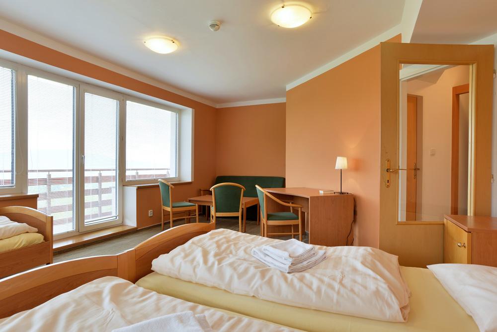 hotel_1801.jpg (1000×668)